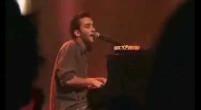 damien Saez chanson sexe au piano en concert