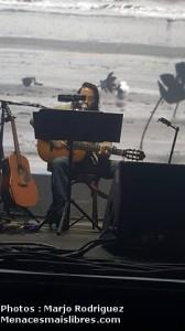 damien-saez-guitare-en-solo